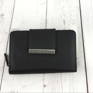 Tahari black leather RFID protection wallet